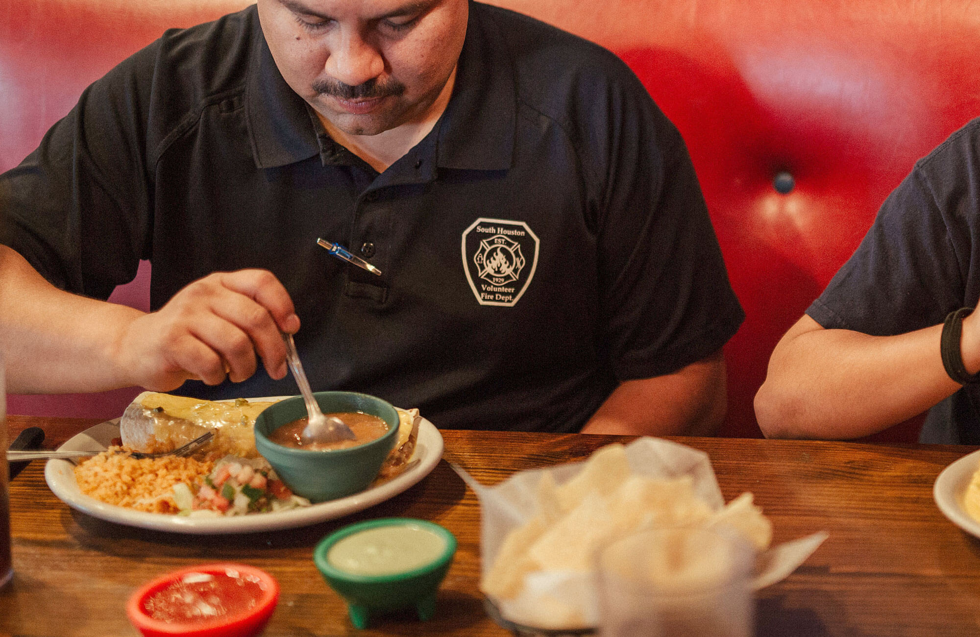 Casa Olé Honors Firefighters With Free Entrées